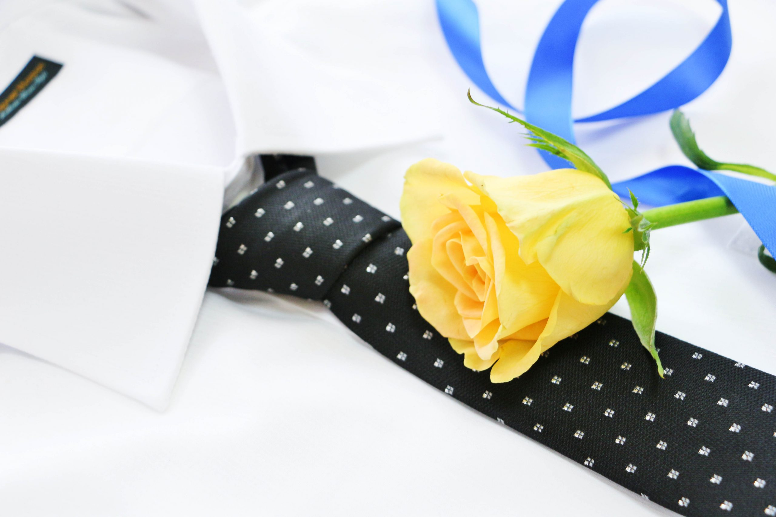 父の日にお父さんやお義父さんに贈るおすすめのプレゼント選びのポイントは毎日働くお父さんにはお仕事・ビジネスアイテムのプレゼントを選ぶことです。